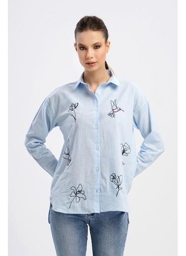 Nismia Karalama Nakış Işlemeli Doğa Dostu Pamuklu Basic Gömlek Mavi